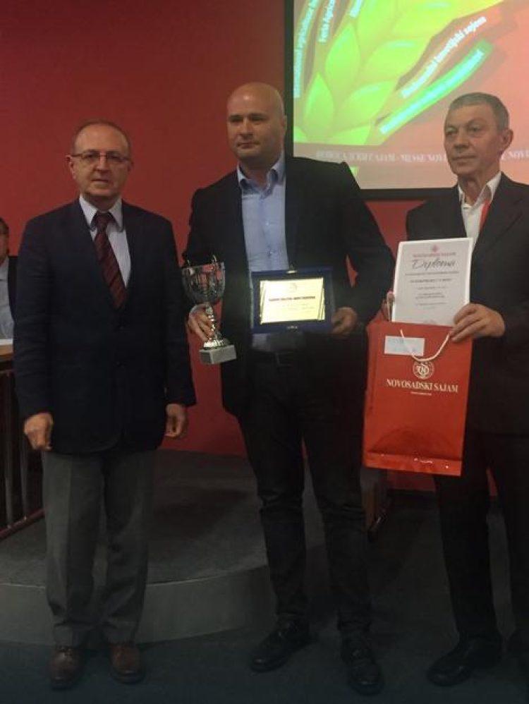 kompaniji-interproduct-nagrada-za-vrhunski-kvalitet-suhomesnatih-proizvoda
