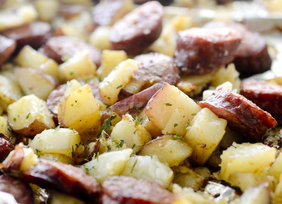 Krompir sa kobasicom - Interproduct domacom kobasicom